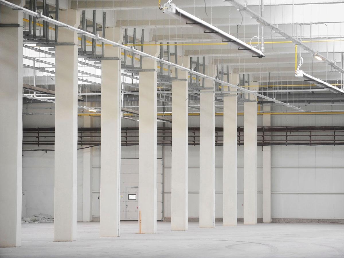 Effizienz und Flexibilität einer Warmluft-Hallenheizung