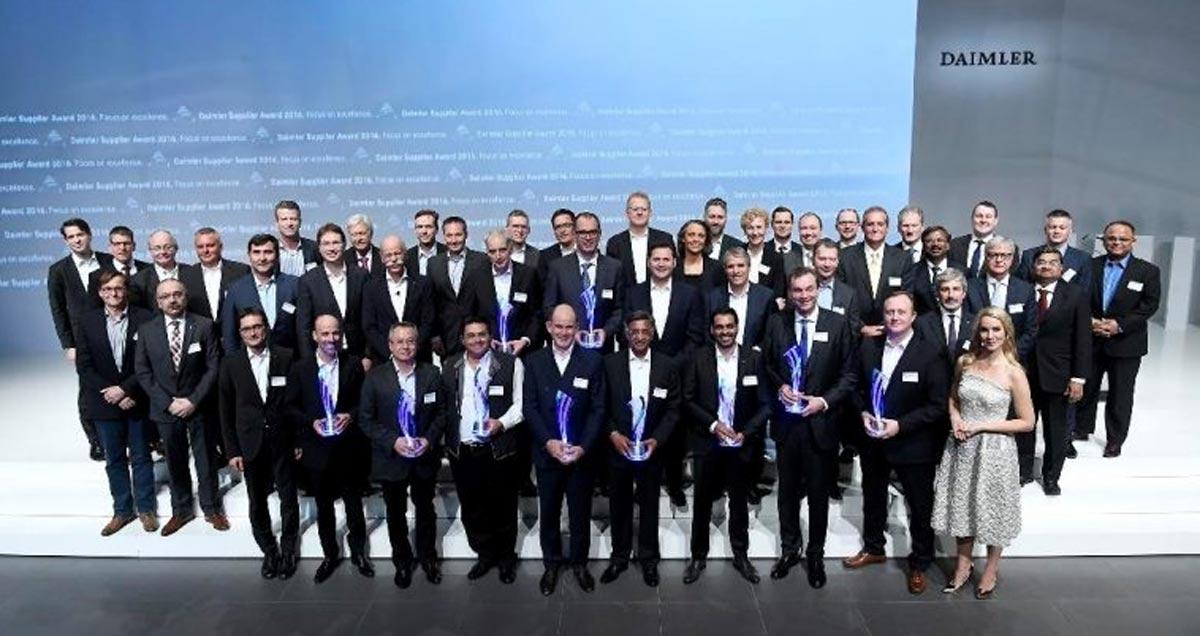 Daimler zeichnet zehn Lieferanten mit Supplier Award 2016 aus