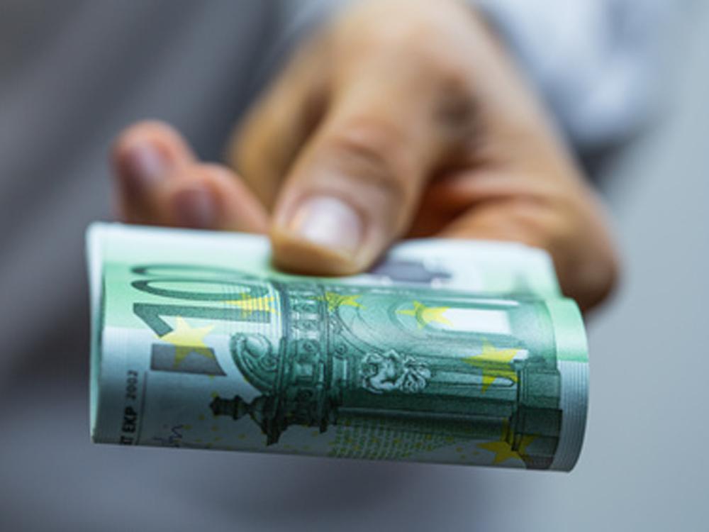 Mitarbeiter-Boni: Diese Erfolgsprämien zahlen Porsche, Bosch & Co