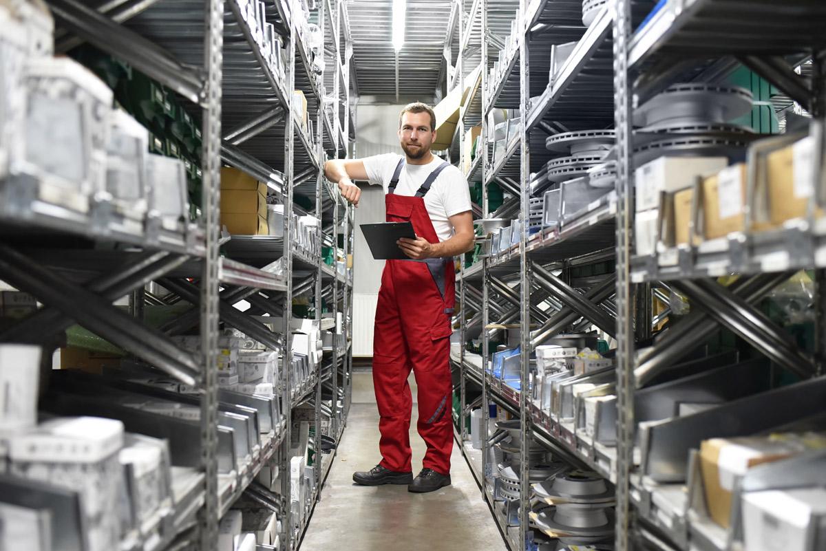 Der Technische Handel unterstützt Betriebe mit zahlreichen Services