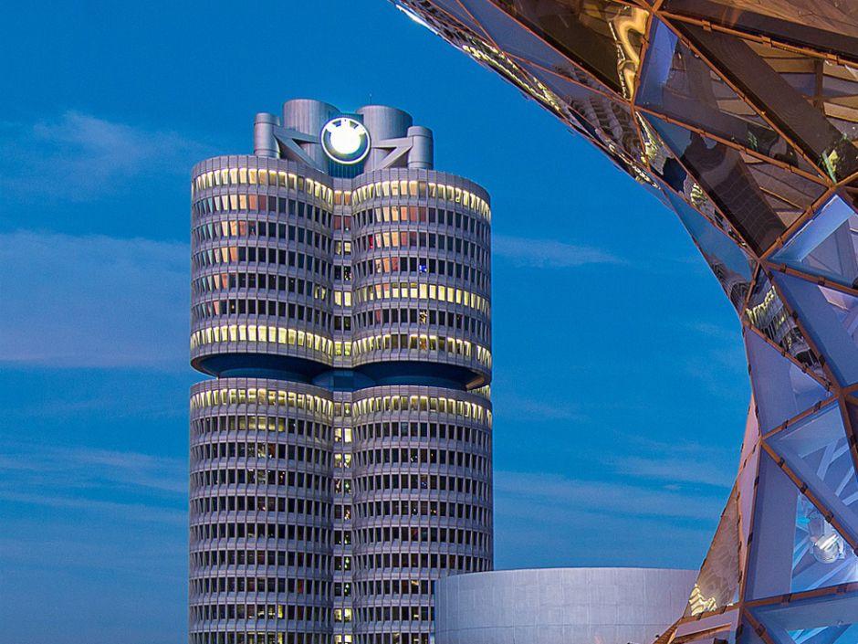 BMW verklagt zwei Zulieferer