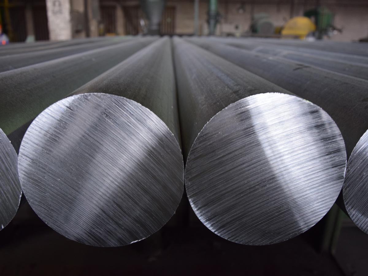 Weltweite Aluminiumproduktion erstmals im Rückwärtsgang
