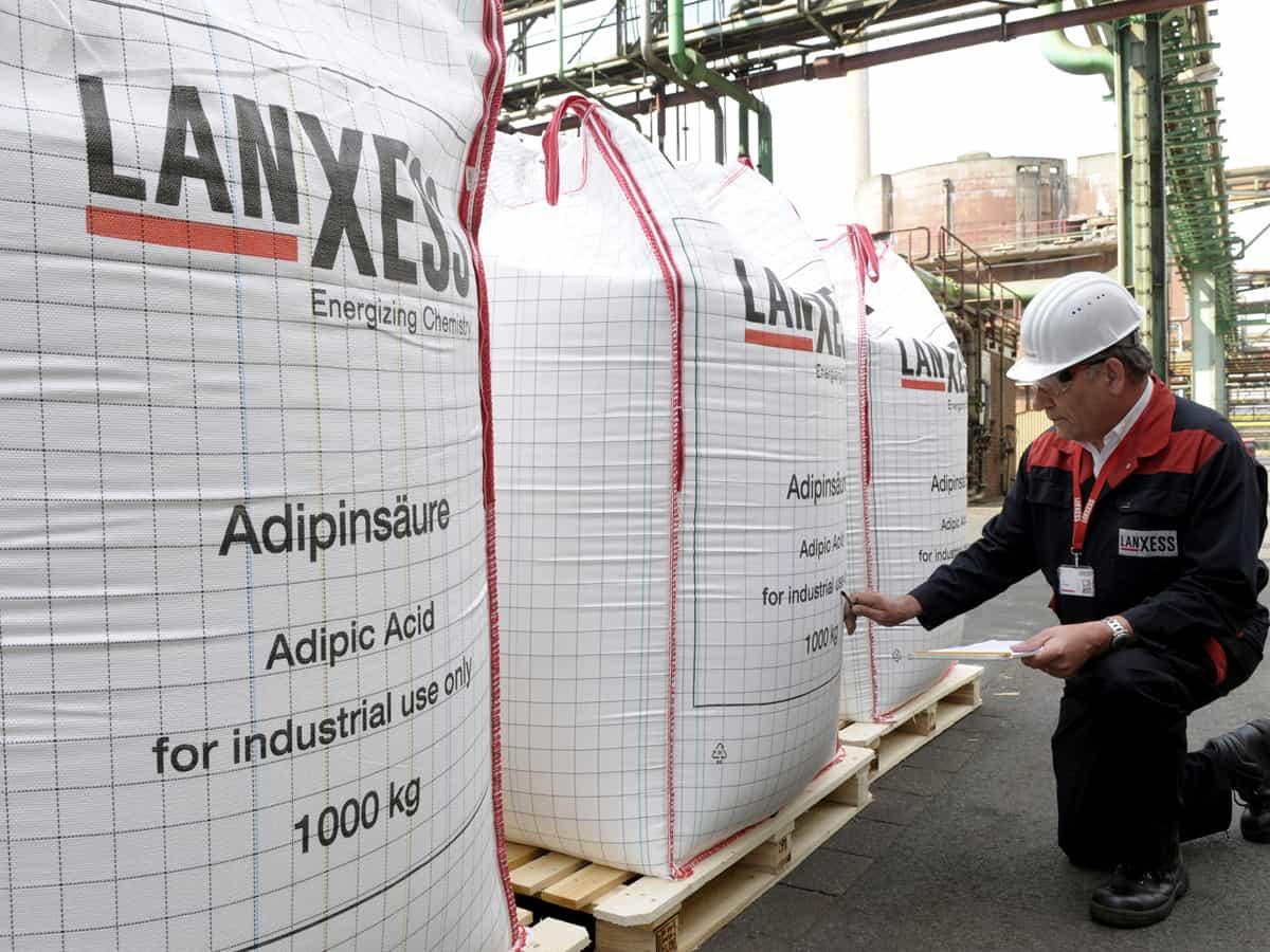Lanxess erhöht Preis für Hexandiol erneut