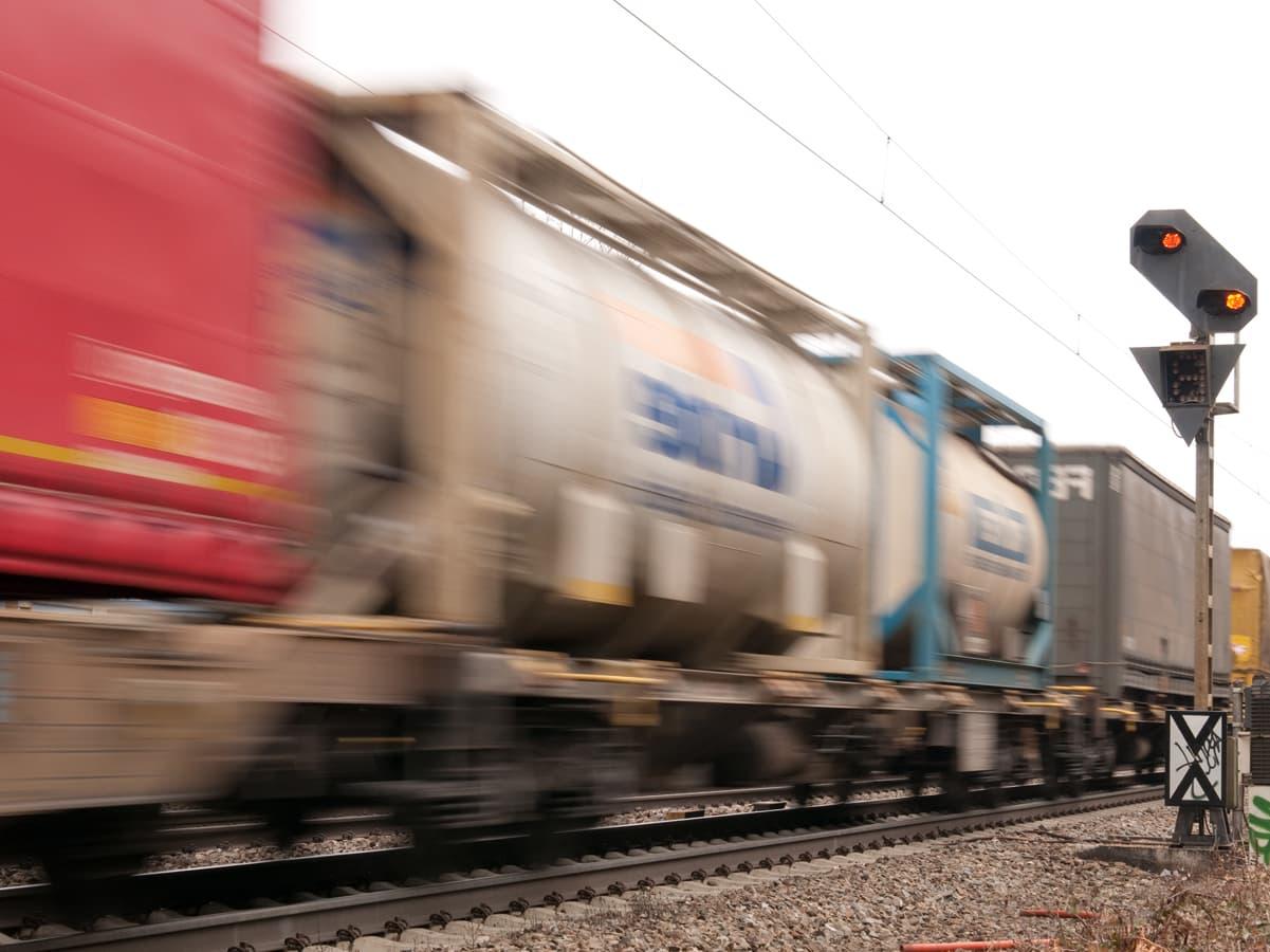Zugstrecke durchs Mittelrheintal gesperrt