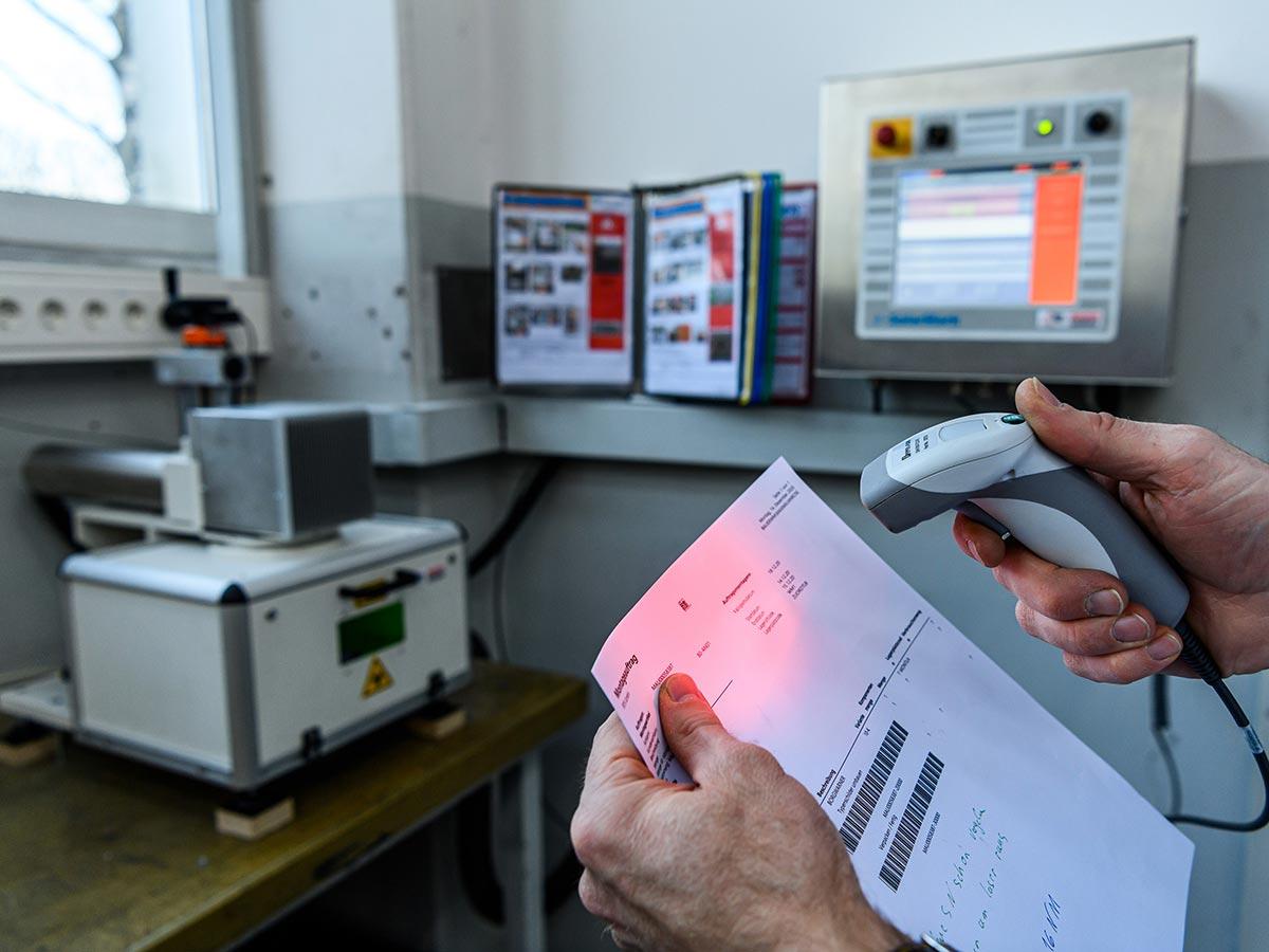 BTS kennzeichnet Turbolader mit Faserlaser von Bluhm Systeme